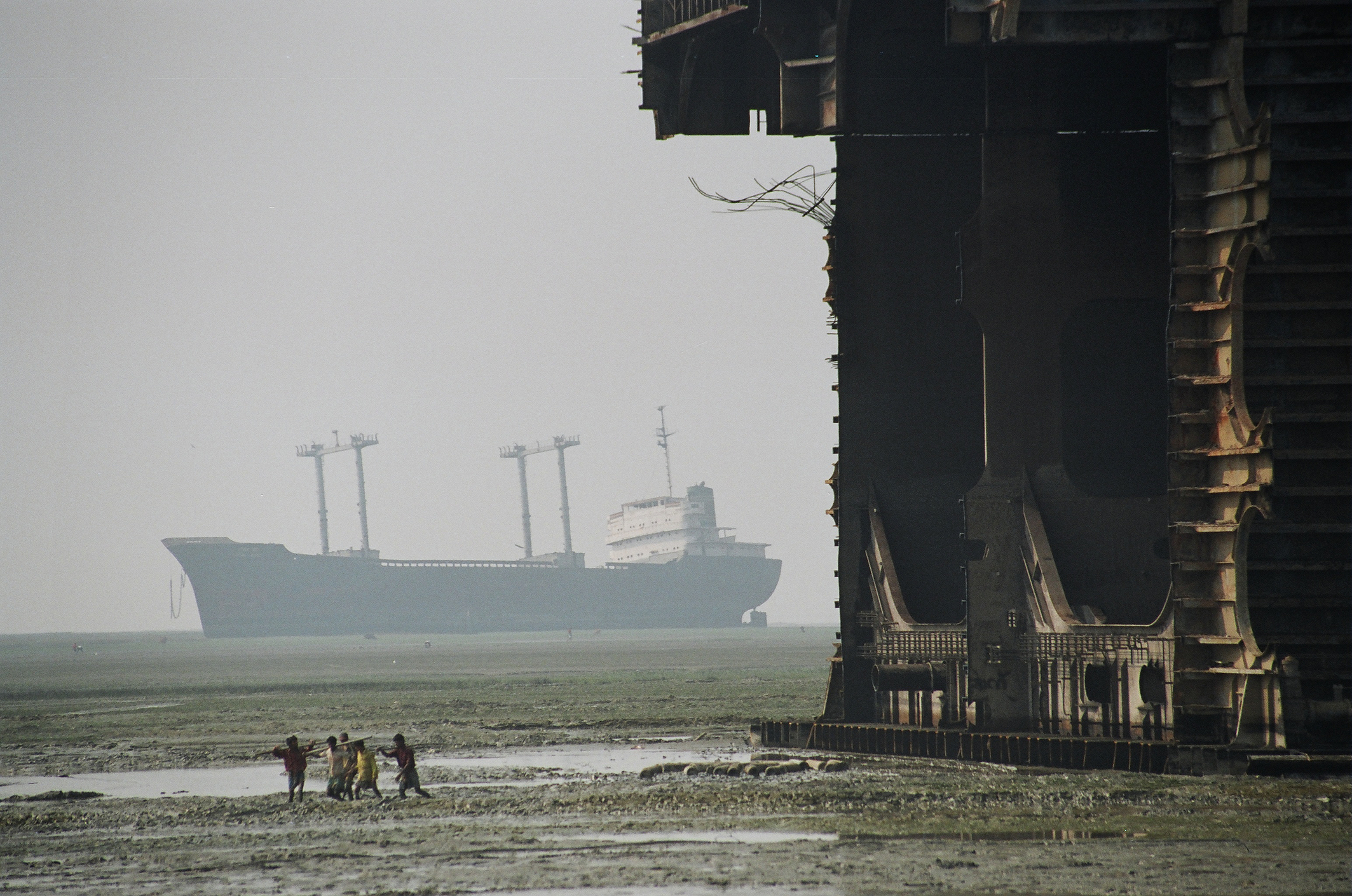 Surging steel price boosts scrap value of redundant containerships ...