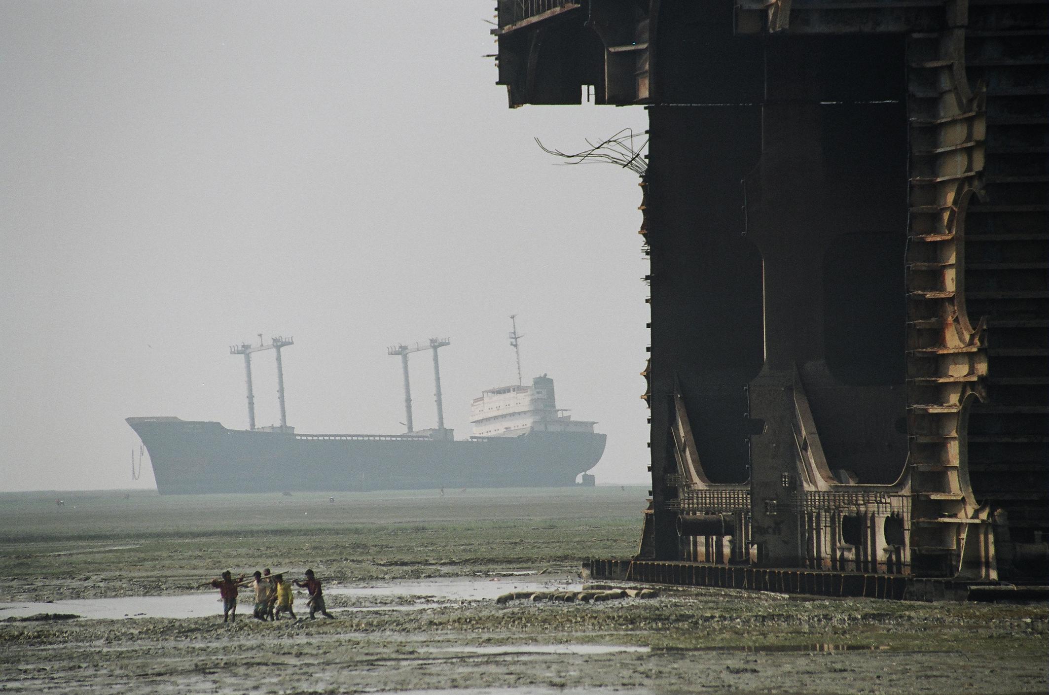 © Koscusko shipbreaking chittagong