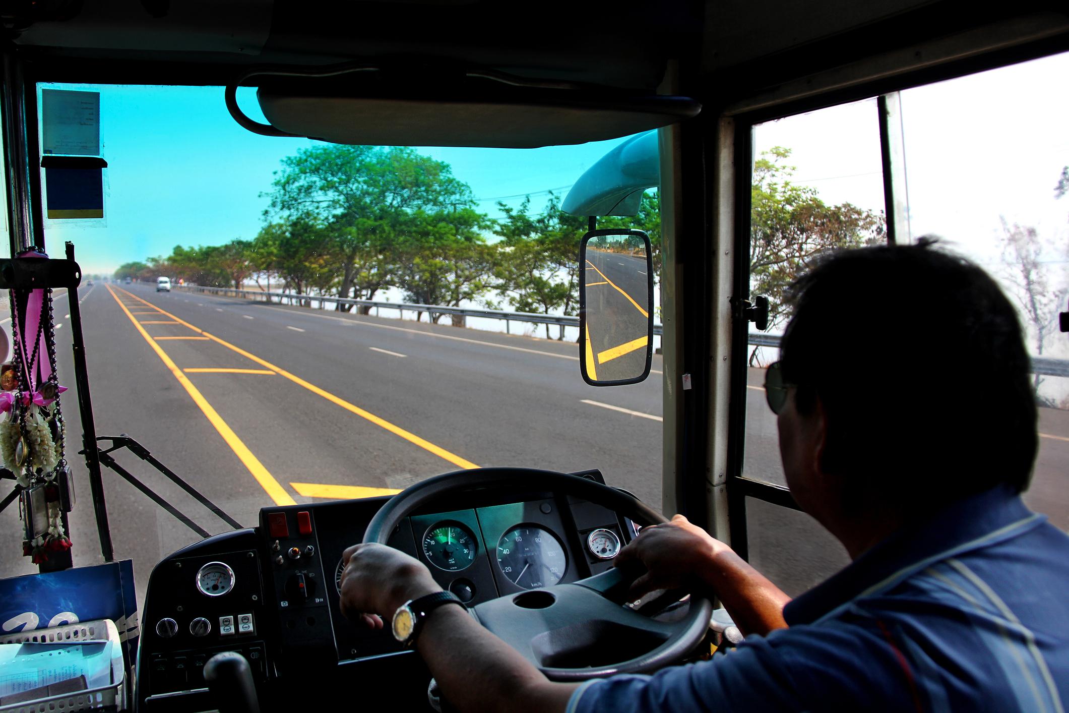 © niwat pravisarat lorry driver66496342