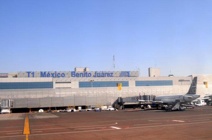 © Dreamshot mexico airport
