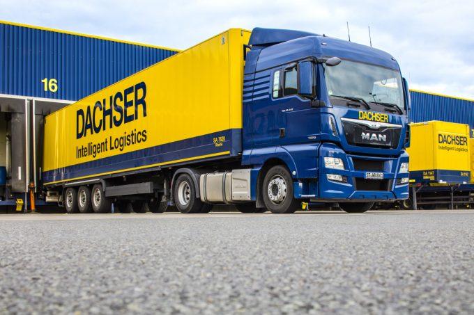 170328 Dachser-warhouse-truck