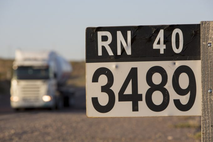 Argentina truck © Piccaya
