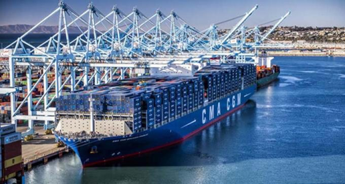 CMA CGM BENJAMIN FRANKLIN - Copyright Port of LA 2