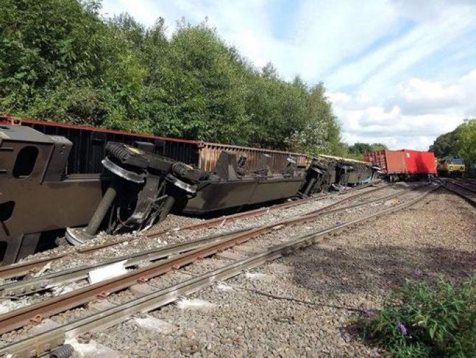 GBRf - rail derailment (Coventry Live) 1