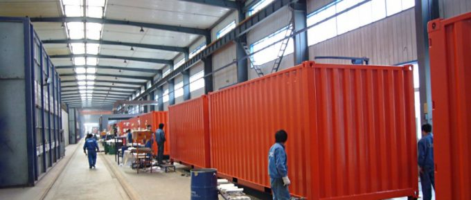 Manufacturing_new_containers-940x400