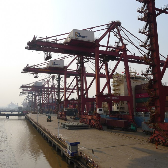 Ningbo container port (3)