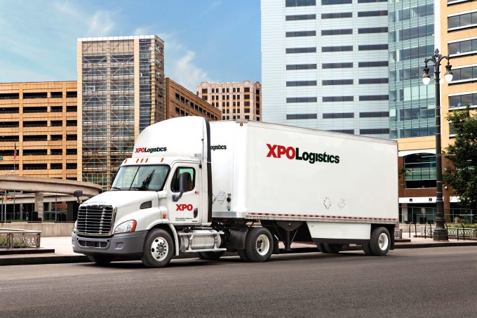 XPO_Equipment_On-Road-City
