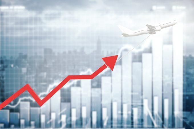air cargo chart growth © Daniil Peshkov