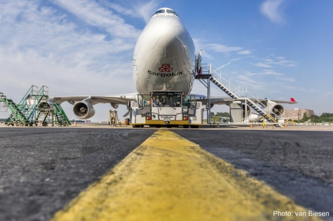 cargolux-747-400f_imagefull van Biesen