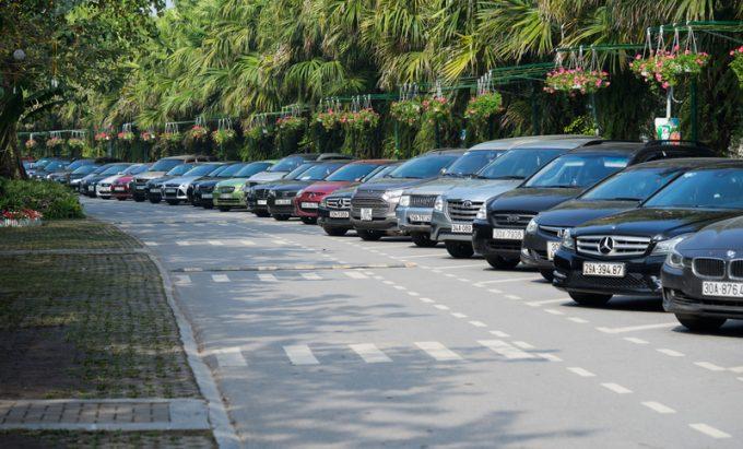 cars vietnam_ © Nguoilangbat