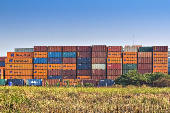 container box © Pisanu Kusonsaratool