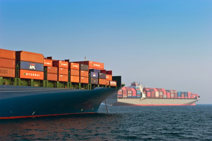 container ships © Vladimir Serebryanskiy |
