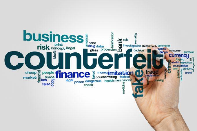 counterfeit © Ibreakstock |
