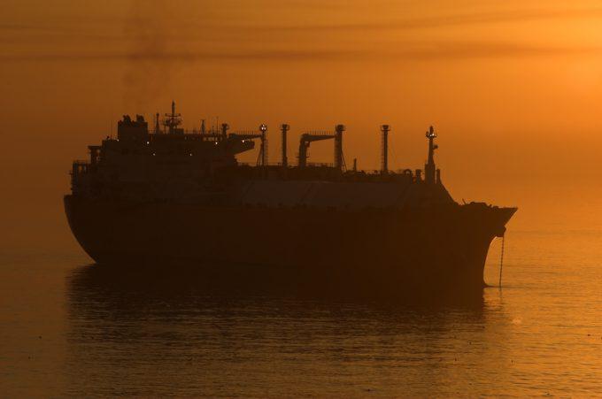 lng ship  © Oleksandr Kalinichenko