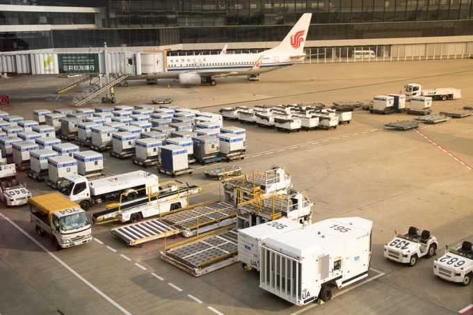 air cargo ULDs © Prayuth Gerabun _91965821