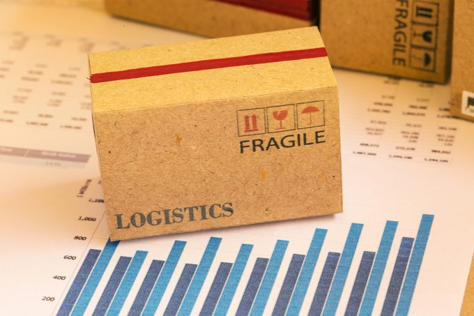 ecommerce logistics © Nunthana Setila