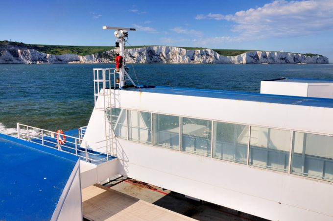 ferry dover © Dennis Dolkens