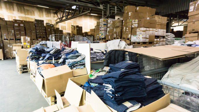 garment congestion © Vladimir Engel m_58712023
