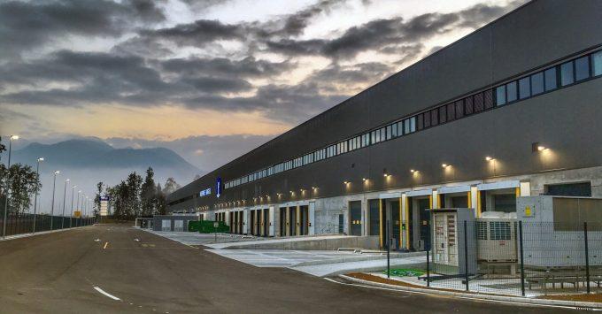 KN_pharmawarehouse-slovenia-643446