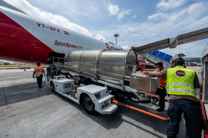 Photo 2 - Cargo unloading from inaugural SpiceXpress flight