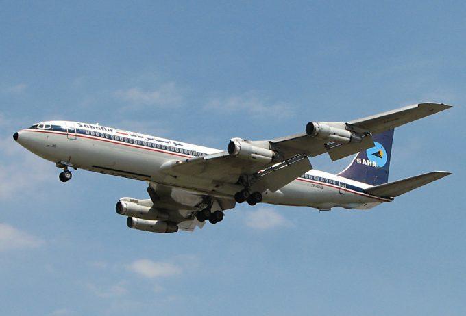 Saha_Air_Boeing_707-3J9C_Sharifi
