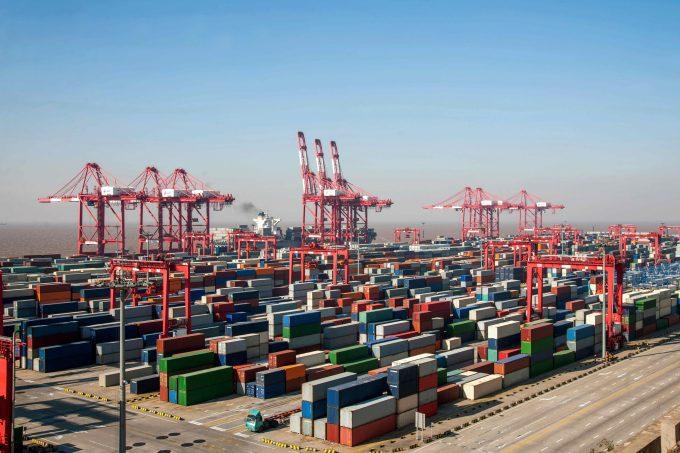 shanghai port © Jingaiping