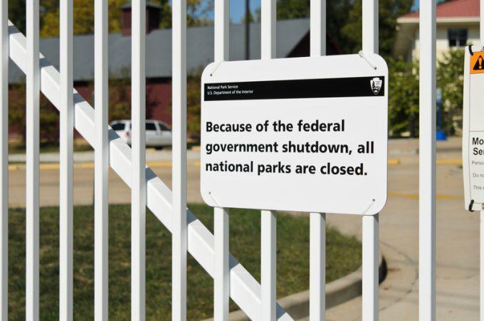shutdown © Bethel7019