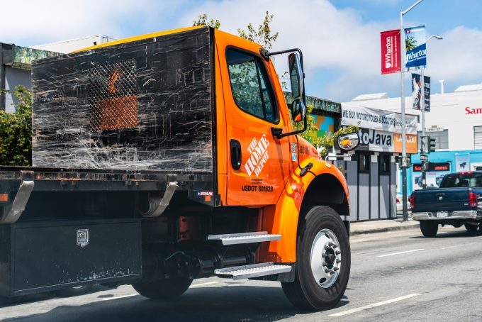 The Home Depot flatbed truck Photo 156141817 © Andreistanescu Dreamstime.com