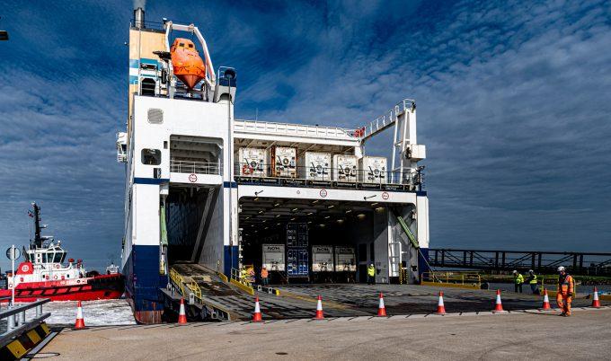 Tilbury2 ship trials with ramp down PLA tug