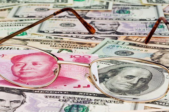 trade wars dollar rmb © Ginasanders